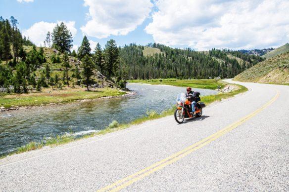 scenic-drive-highway-75-near-salmon_28616009912_o-1024x683